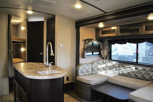 Rv Rentals Denver Travel Trailer Surveyor Bhds Living on Interior Of Travel Trailer Bunks