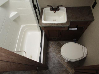 Best 20 Small Camper Trailers Bathroom small travel trailers